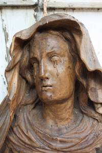"The statue ""Mary Magdalene Crying"""